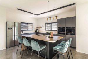 תכנון מטבח משפחת מודרני גרשמן - יגור מטבחים